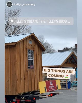 A little birdie told us that something big is happening at @kellys_creamery We can't wait for this beautiful Rustic Pine Board & Batten shed to be transformed.  Follow along with @kellys_creamery  They are open and ready to serve you some delicious treats.